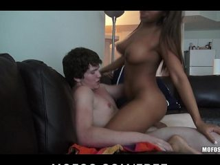 Horny milf kitanola with the crowd chwastyk Johns